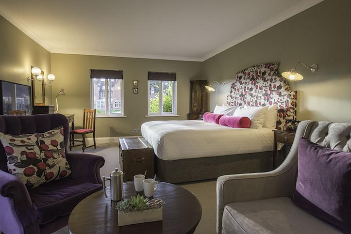 Burley Manor guestroom