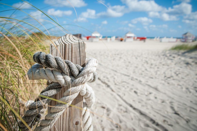 25 Reasons Brits Hate The Beach