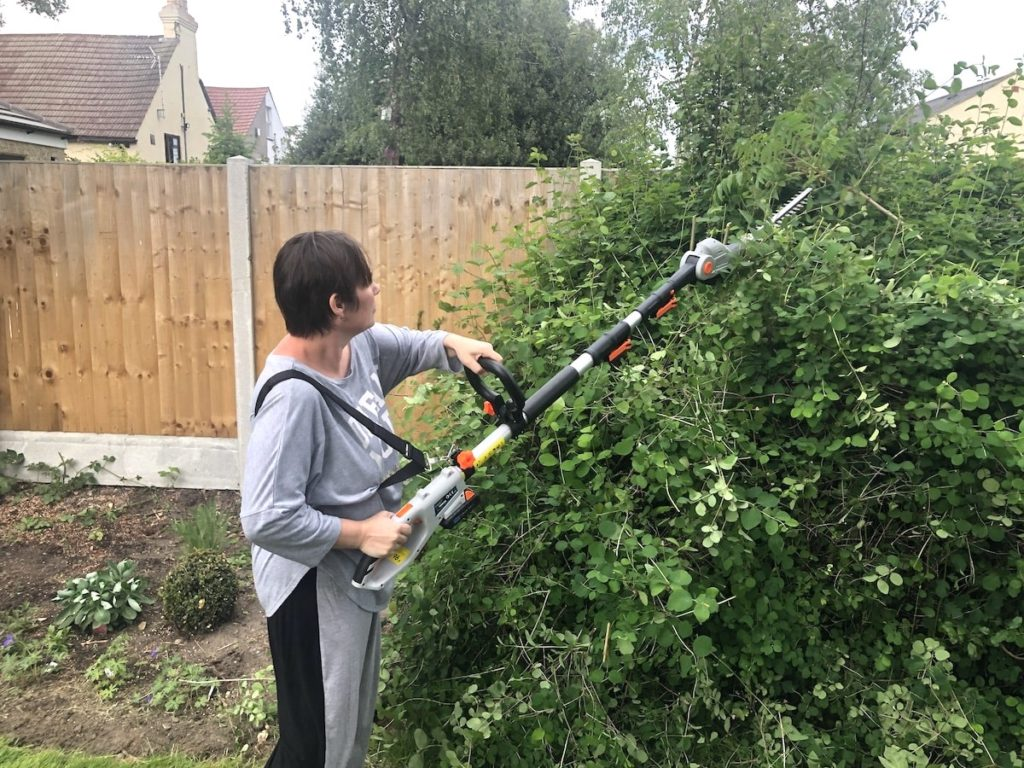 VonHaus Cordless Hedge Trimmer